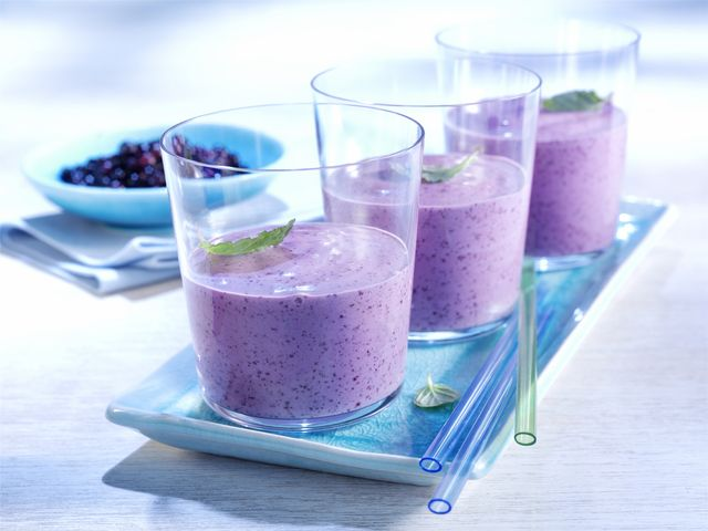 Blueberry-Banana-Kiwi Smoothie