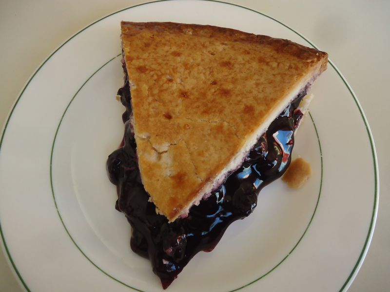 Scandinavian Wild Blueberry Pie